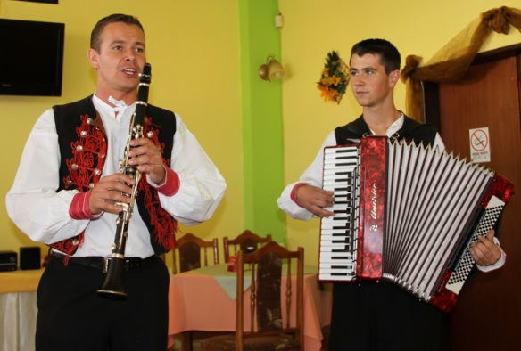 Traditional music.