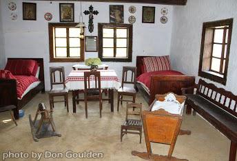A traditional Saris farm house.